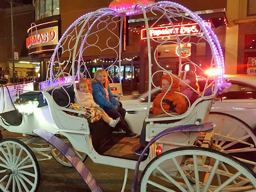 Horse drawn Carriage Rides downtown